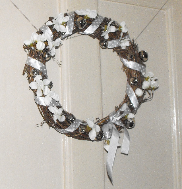 11. Twiggy wreath finished