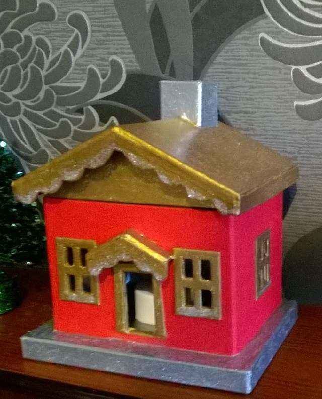 20. House finished with glitter