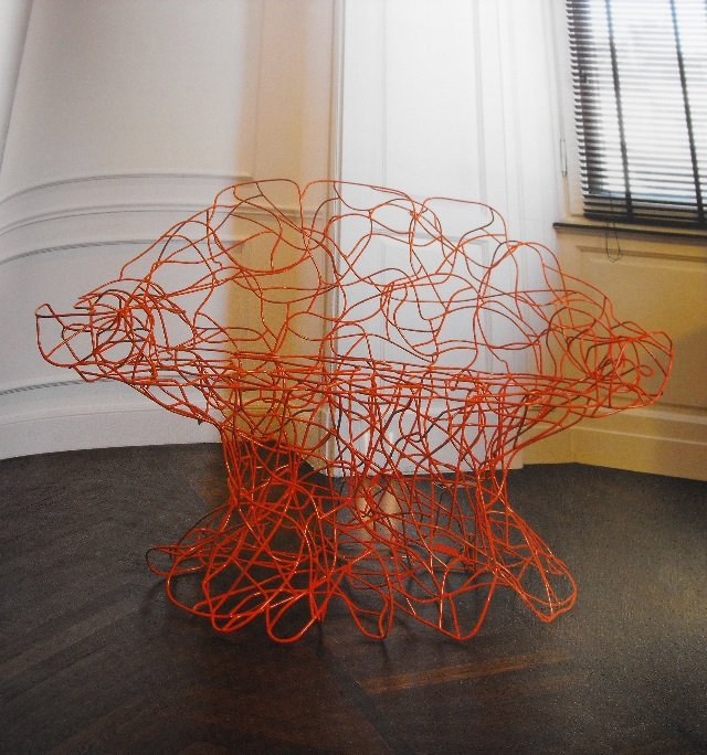 Hand-bent wire Corallo chair 2004