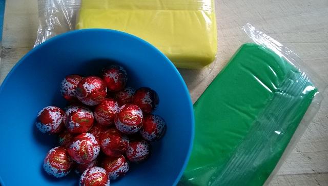 11 balloon treats