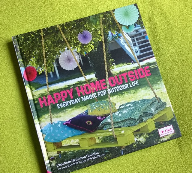 01 Happy Home Outside cover